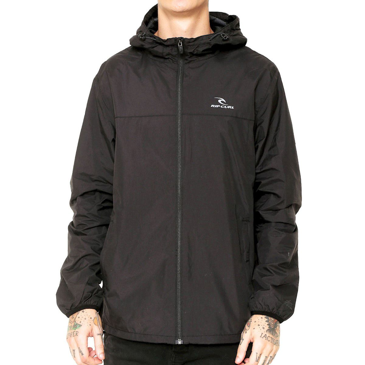 JAQUETA CORTA VENTO RIP CURL ANTI SERIES SPRAY BLACK COM 20% OFF